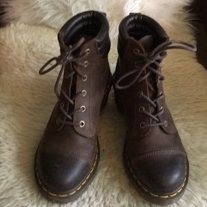 Doc marten hiking boot style